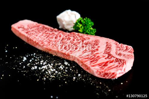 和牛のロースステーキ 国産牛肉